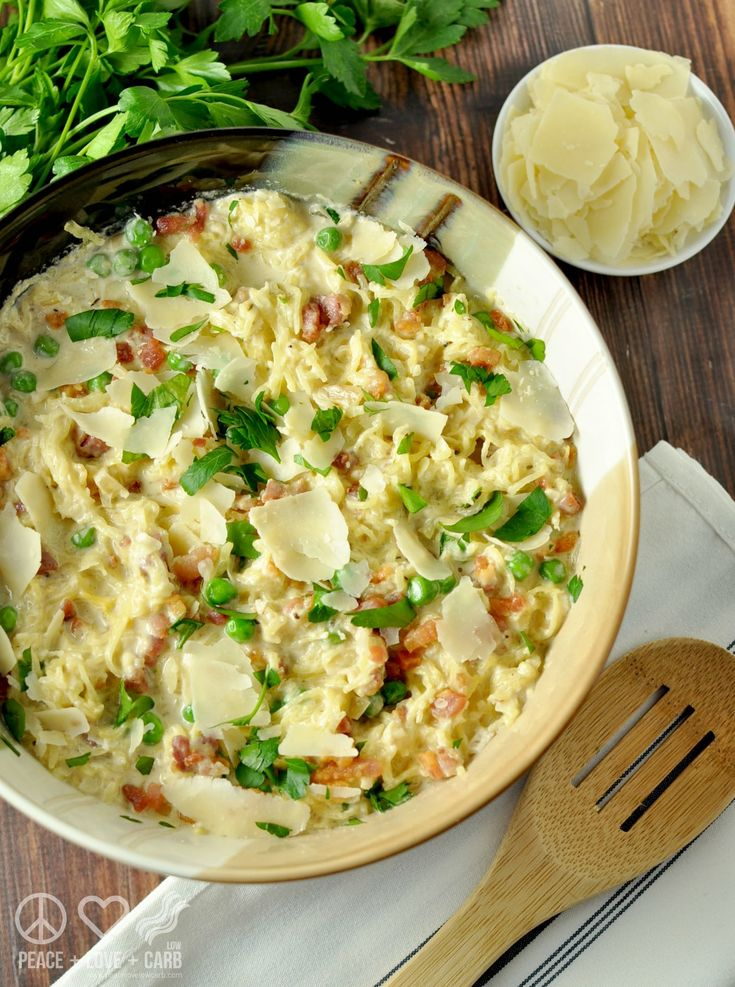 Spaghetti Squash Alfredo with Pancetta and Peas – Low Carb, Gluten Free