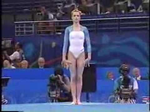 Svetlana Khorkina - 2000 Olympics Team Finals - Floor Exercise