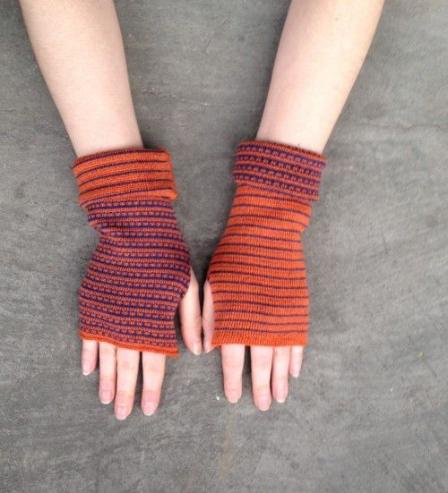 Arm warmers Fingerless gloves two-sided merino mittens orange and blue #artfire #fingerlessgloves #armwarmers