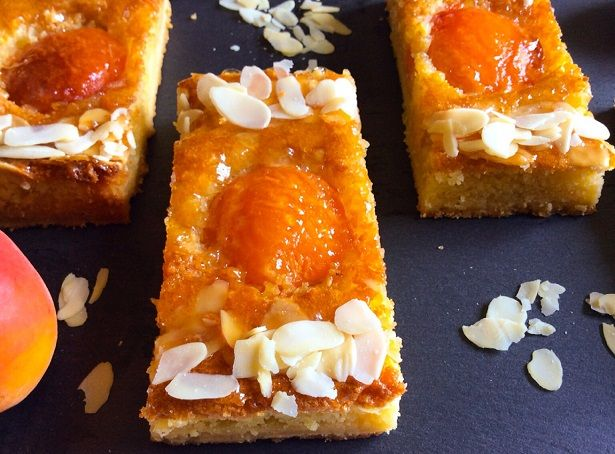 Tarte crème d'amande abricots amandines patisserie gourmandise