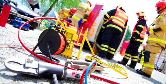 Krajská soutěž dobrovolných hasičů ve vyprošťování u dopravních nehod >>> https://plzen.cz/tag/hasici-2/