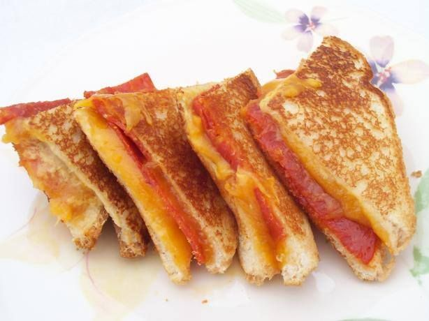 Easy Pepperoni Grill Cheese Sandwiches Recipe