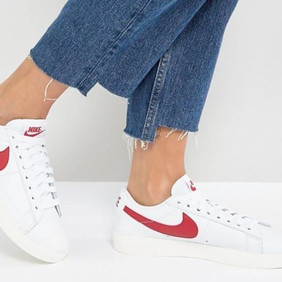 chaussures avec roulettes nike