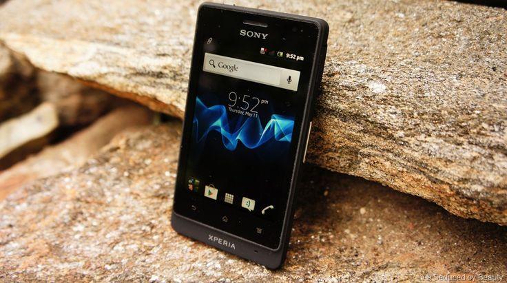 Sony Xperia Go ST27i  Bermasalah touchscreennya. Tapi sudah diperbaiki lewat klaim garansinya. Sekarang dipakai Doni