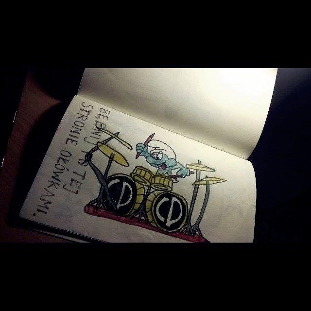 Podesłała @ksjdajst24 #zniszcztendziennikwszedzie #zniszcztendziennik #kerismith #wreckthisjournal #book #ksiazka #KreatywnaDestrukcja #DIY