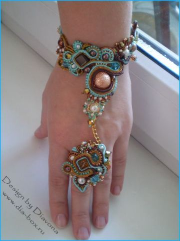 Soutache (cord) jewelry by Diavona