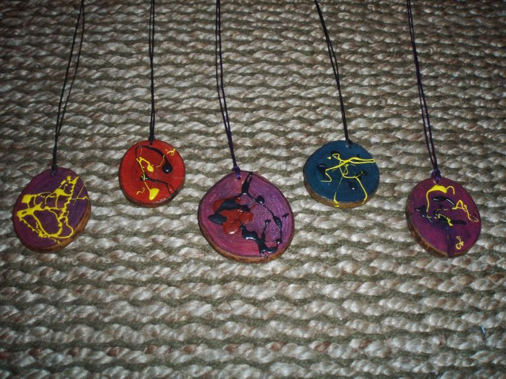 the colored figures colored wooden pendants by ArtePovera