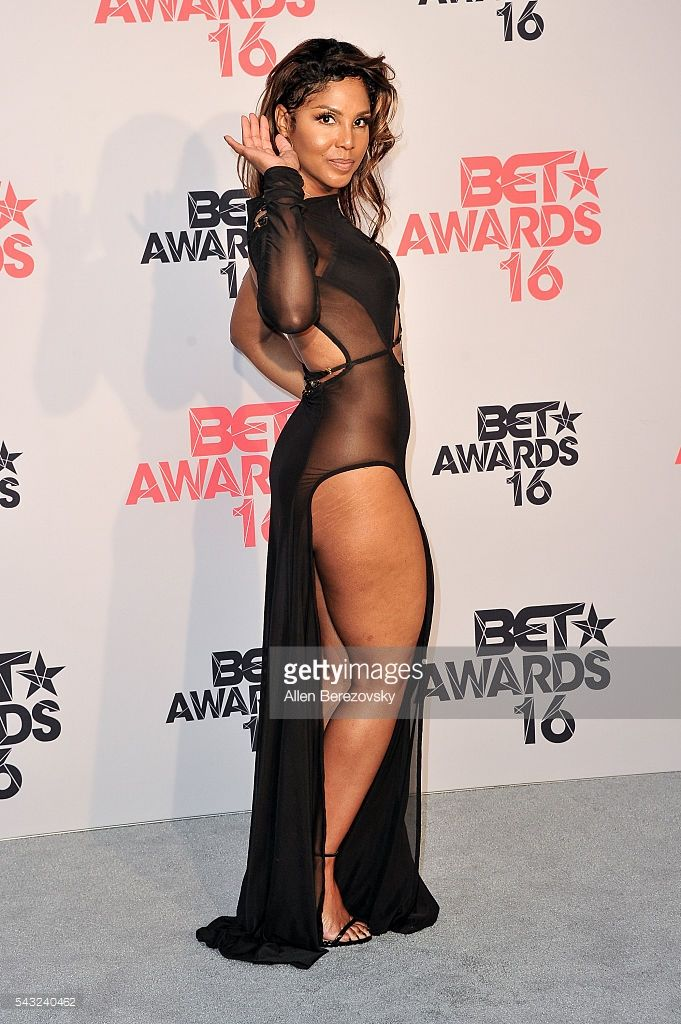 Singer Toni Braxton poses for pictures in the press room during the 2016 BET Awards at Microsoft Theater on June 26, 2016 in Los Angeles, California.
