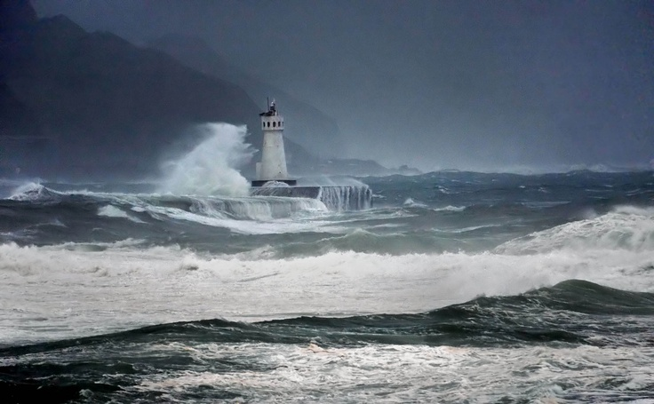 lighthouse with crashing waves | Shells, Rocks and Waves ...