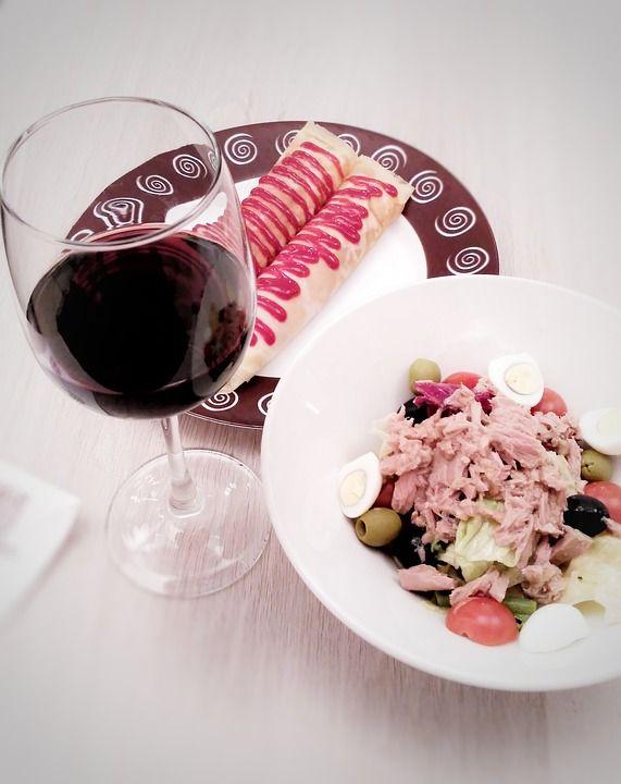 #FelizFinde con #aperitivo y #vinos +Pago de los Capellanes  http://tienda.bottleandcan.es/es/ribera-del-duero/93-vino-pago-de-los-capellanes-crianza-75-cl.html  #Toro #Jumilla #RiberaDelDuero #Rioja #beer #craftbeer #vinos #wine #winelover #winery #bodega #viñedo #vineyard #uva #grapes #tiendaonline #gourmet #bottleandcan #granada #andalucía #españa #spain #sidra #cider #singluten #glutenfree  http://tienda.bottleandcan.com/es/  ☕🍴🍎🍉 📞 +34 958 08 20 69 📲 +34 656 66 22