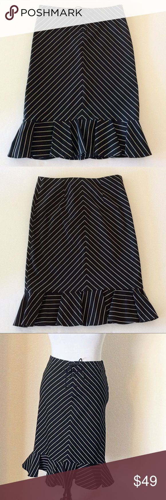 """RALPH LAUREN LACE UP STRIPE TRUMPET SKIRT SIZE 4 EUC Ralph Lauren pencil/trumpet skirt with black and white stripes. The waist laces up with a leather thong, there's stretch to the fabric to help fit the curves.  Measures flat 15"""" across the waistband and 24"""" waistband to hem. Ralph Lauren RRL Skirts"""