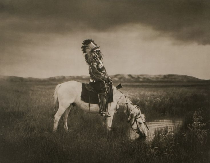 Edward S. Curtis. An Oasis in the Badlands. 1915.