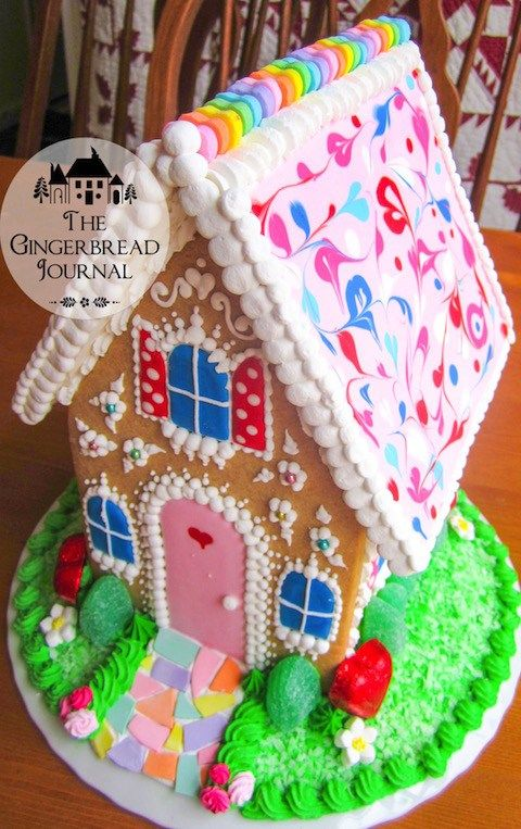 www.gingerbreadjournal.com Valentine's Day Gingerbread House