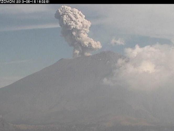 Popocatépetl: explosión y 55 exhalaciones en http://www.vox.com.mx/2013/05/popocatepetl-explosion-y-55-exhalaciones/