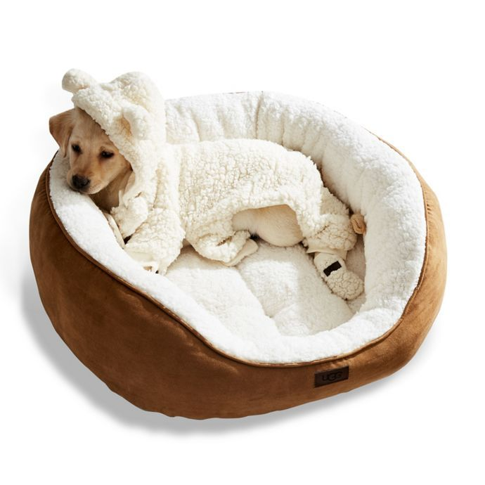 Ugg Classic Sherpa Pet Bed In Chestnut 50 Memory Foam Dog Bed Xxxl Dog Bed Cute Dog Beds