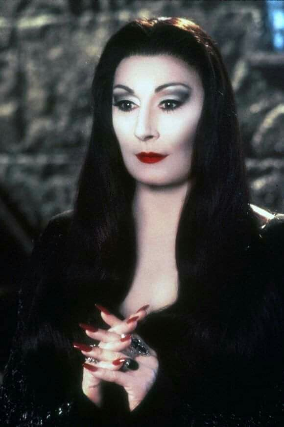 Pin by Christina Tarquino on Halloween in 2020 | Morticia
