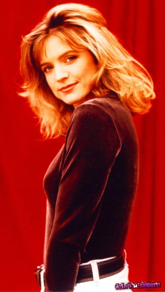 Courtney-Thorne-Smith-pictures-18477-4.jpg (555×981)