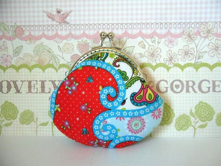 Passion Paisley in Poppy coin purse - Made from Dutch design fabric. $18.00, via Etsy.: Coins Purses, Coin Purses