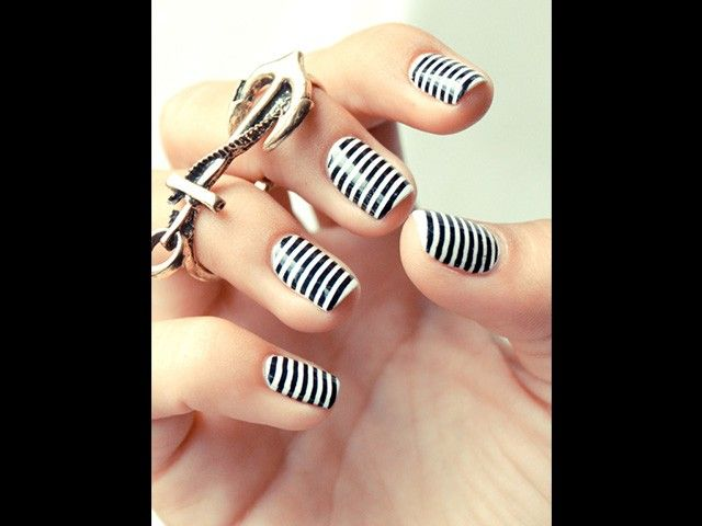 Nautical Nails for Summer | Lifestyle Mirror