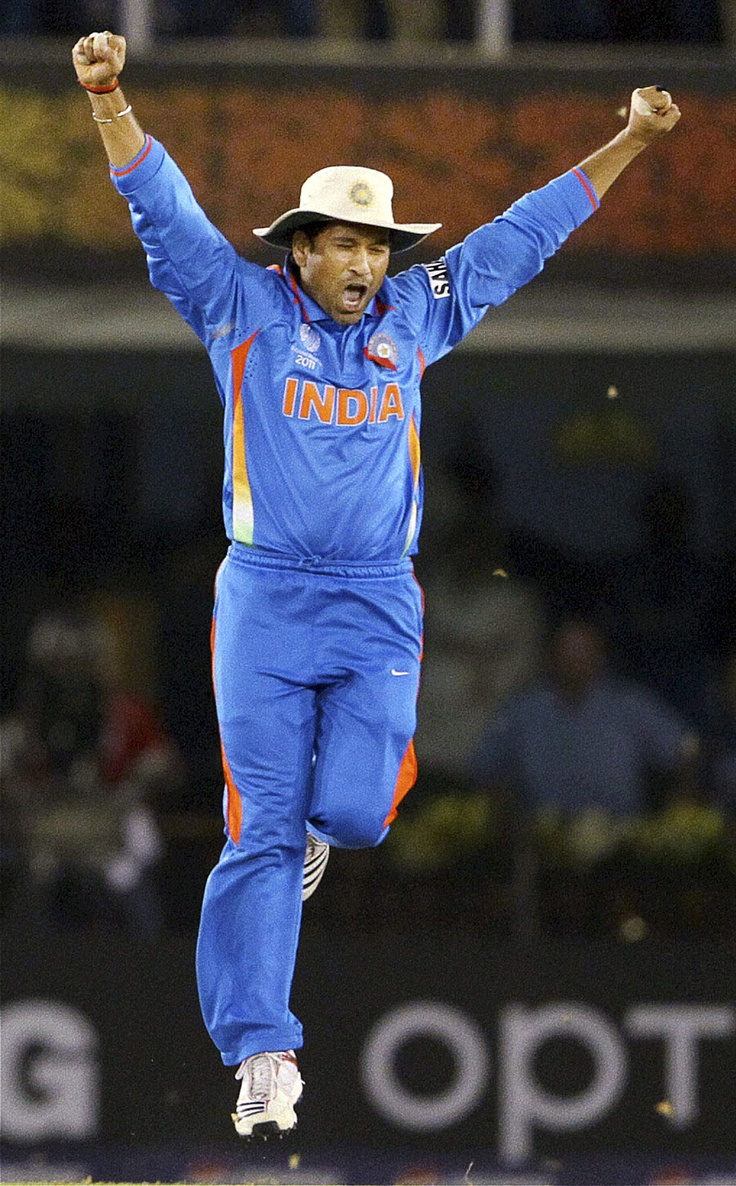 sachin: People Personalities Lov Faces, People Personalized Lov Faces, Books Worth, Sports Bar, Cricket God, Favorite, Bcci Couldn T, Bar Expressions, Cricket Sachin