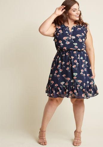 f352a1481d I own and love this dress Sleeveless Chiffon Ruffle Dress in Navy Blossom  XL Modcloth