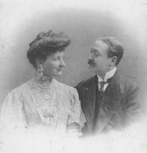 Count and Countess Friedrich Szapáry von Muraszombath, Széchysziget und Szapár. Married: April 27, 1908