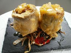 Tempura de alcachofas rellenas de foie y miel de naranja