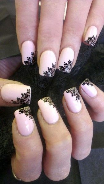 Unghie sposa con nail art pizzo nero. Bride nails with black lace. #wedding #nail art