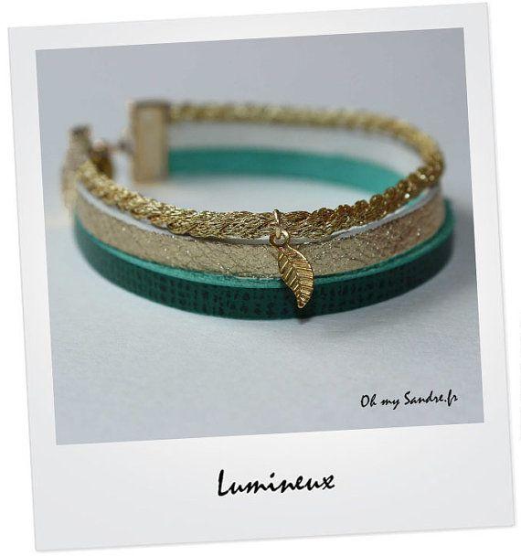 Bracelet manchette en cuir vert émeraude et or par OhmySandre, €10.00
