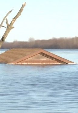 Tragiczny bilans powodzi w Stanach Zjednoczonych. Nie żyje przynajmniej 31 osób - http://tvnmeteo.tvn24.pl/informacje-pogoda/swiat,27/tragiczny-bilans-powodzi-w-stanach-zjednoczonych-nie-zyje-przynajmniej-31-osob,189936,1,0.html
