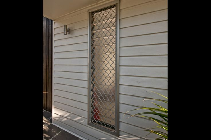 Timber Home Renovation - Prowler Proof - Welded Diamond - Security Screen - Security window - Insect Screen - Diamond designs - louvres - louvre windows