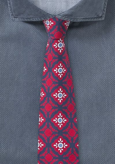 Moderne rote Krawatte mit Talavera-Dessin