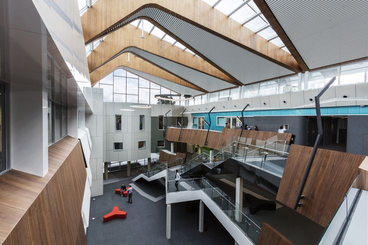 Stretching, slicing a traditional pitched roof for an outdoor-turned-indoor atrium: Deakin University Science Precinct | Architecture And Design