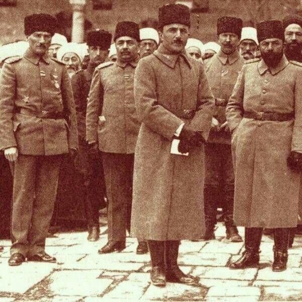 Mustafa Kemal Paşa, Enver Paşa ve Kılıç Cemal Paşa