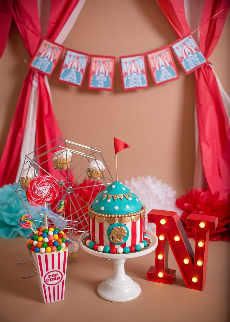 carnival themed cake smash, circus theme cake smash, boys cake smash