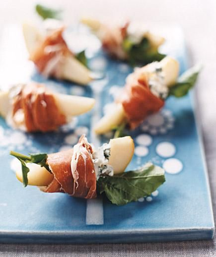 Pears With Blue Cheese and Prosciutto | Recipes for party-worthy finger foods that take 20 minutes or less from start to finish.