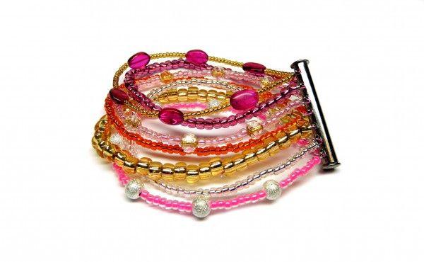 Comment+faire+:+Le+bracelet+Multirangs+en+perles+de+rocaille.