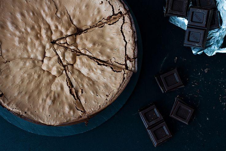 Hoy comparto con vosotros esta buenísima tarta de espresso y chocolate sin gluten de Martha Stewart que me tuvo una pinta más que genial. ¡Deliciosa!