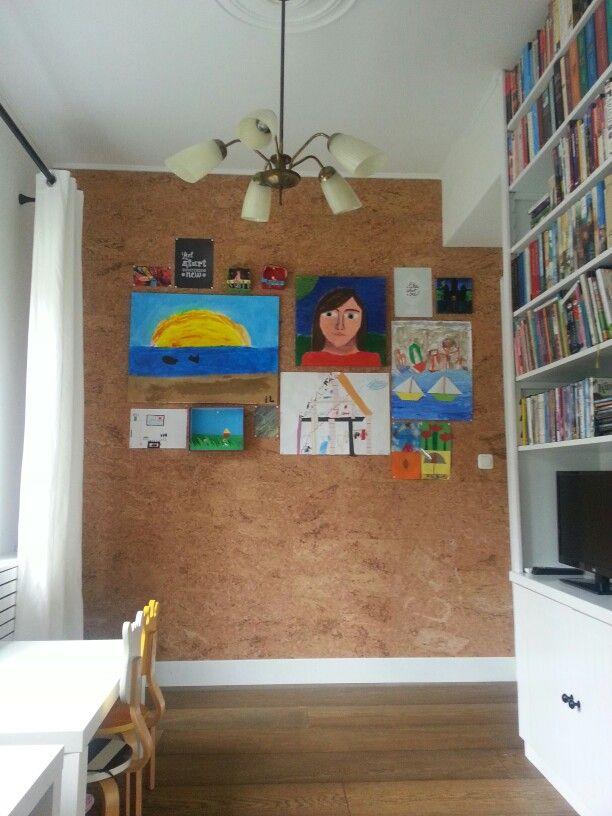 Wand van kurk voor alle werkjes van de kids