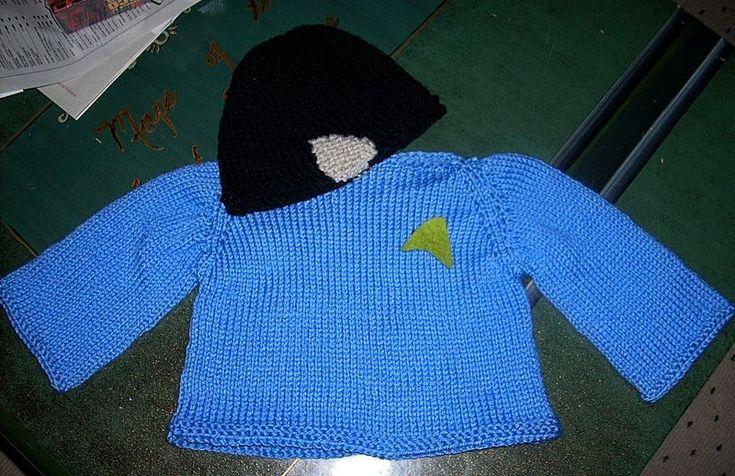 Free knitting pattern. Baby Spocik Star Trek uniform. Knitting NICU/Preemie...