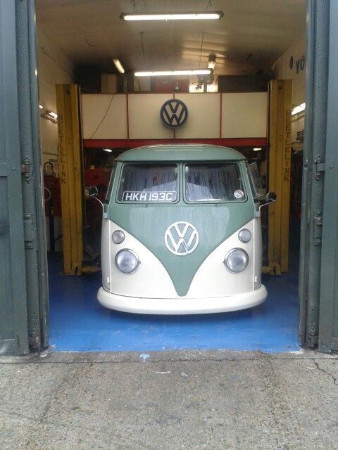 24 best john clark vw images on pinterest group vw and clarks. Black Bedroom Furniture Sets. Home Design Ideas