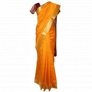 Magnifique sari indien jaune et doré en soie indienne pas cher à retrouver sur http://www.merabarata.fr/saris-indiens-en-soie/810-sari-indien-soie-indienne.html