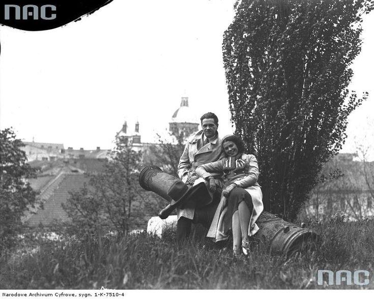 Z widokiem na Kraków. E. Bodo i Nora Ney w Krakowie, 1933