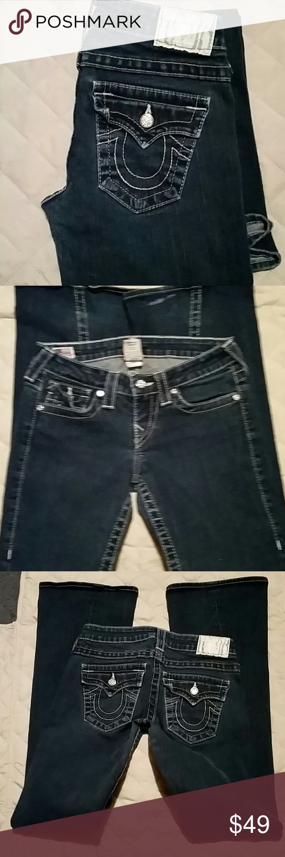 """True Religion jeans size 26 Gray condition, see photos 26"""" waist 40"""" length 32"""" inseam True Religion Jeans"""