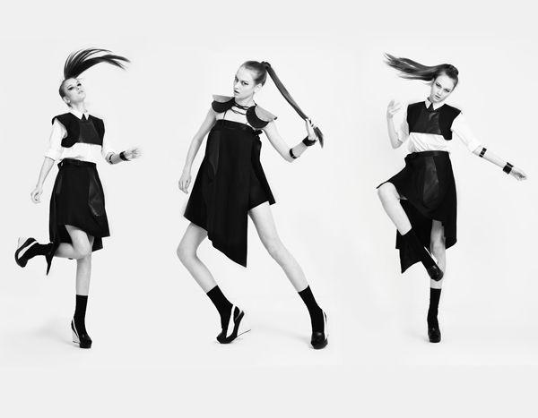 Methodology by designer Glori Tsui, brand premium asal Hong Kong ini memiliki ciri khas design-nya yang transformable, memungkinkan kamu untuk memakai produknya dengan berbagai macam cara. Yang menarik lagi diskonnya 50% eksklusif hanya di http://brandclozet.com/