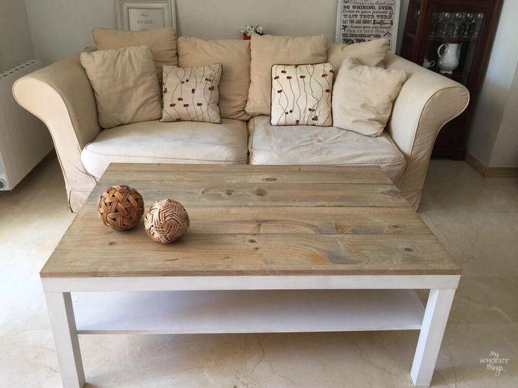 Así de bien puede quedar una mesa Lack del Ikea gracias a unos tablones de madera. ¡Nos encanta el resultado! ¿Y a ti?