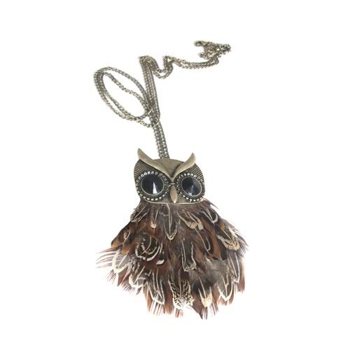 Big beautiful owl 169 SEK.  http://www.jerikascorner.se/halsband-uggla/33-0