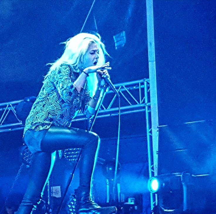 Alison Mosshart of The Kills - Summer Well 2017