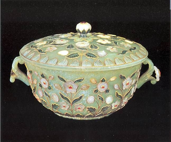 CHA DAO: A Story of the Qianlong Emperor and the Jade Tea Bowl