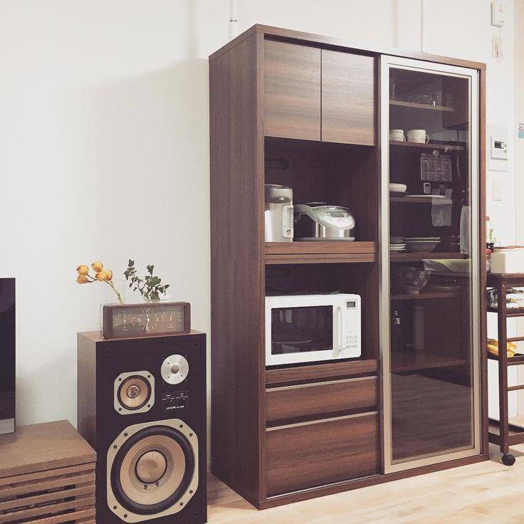 いいね!39件、コメント2件 ― Luluさん(@lululu_life)のInstagramアカウント: 「食器棚はフランフランのものです。 シンプルで無駄の無いデザイン。気に入っています #インテリア #interior #食器棚 #フランフラン #賃貸インテリア #リビング #リビングダイニング」